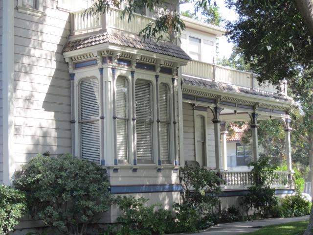 Hewes Mansion, Bay Window