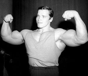 Arnold-Schwarzenegger-Young-Photos-40