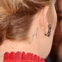 adele-neck-tattoo-angelo-gi