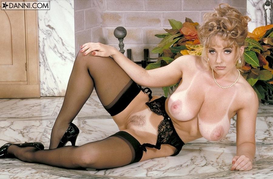 naked nude ashe Danni