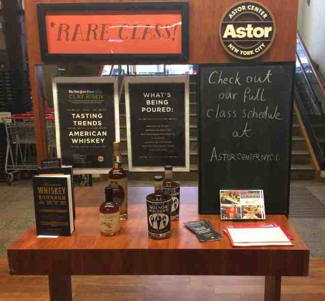 ne_nyc_2014_06_astor_place_liquors_class_announcement02