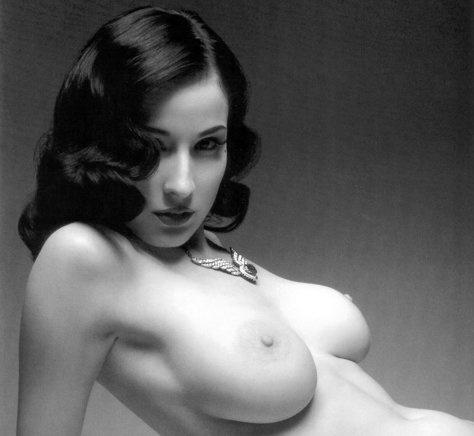 Naked Lady of the Week: Dita Von Teese | Uncouth Reflections: https://uncouthreflections.com/2014/07/25/naked-lady-of-the-week-dita-von-teese/