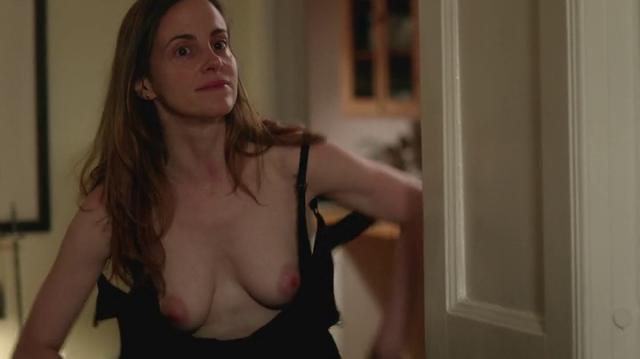 Maria_Dizzia-topless