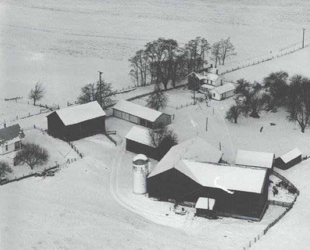 family_farm_1953