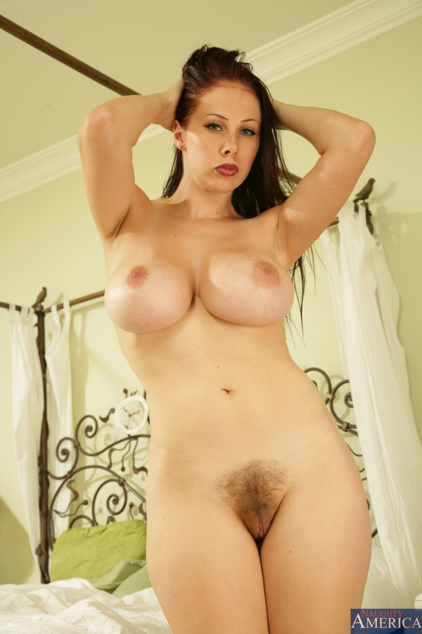 Gianna Michaels Nude Photos