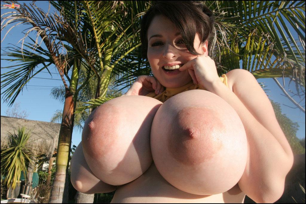 напиток, стиль ему понравилась ее огромная грудь назовёшь, немного полноватая